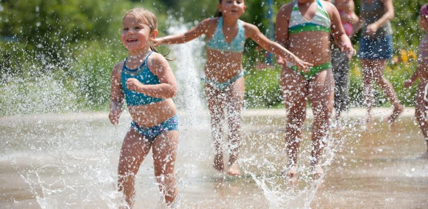 Jeux d'eau au parc du Grand-Coteau de Mascouche